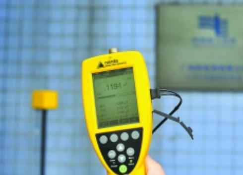 监测仪表为变电站正名:电磁强度低于吹风机
