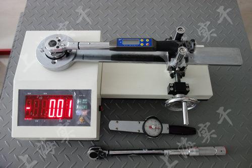 手动扭矩扳手测试仪图片